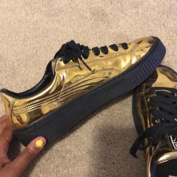 d91d67fd40 Gold Pumas (Rihanna Fenty Pumas)